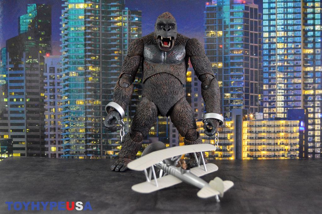 NECA Toys King Kong (Concrete Jungle) 7″ Scale Figure Review