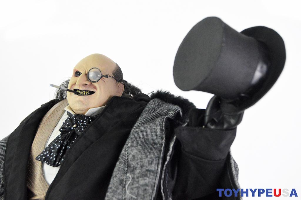NECA Toys Batman Returns Mayoral Penguin 1/4″ Scale Figure Review