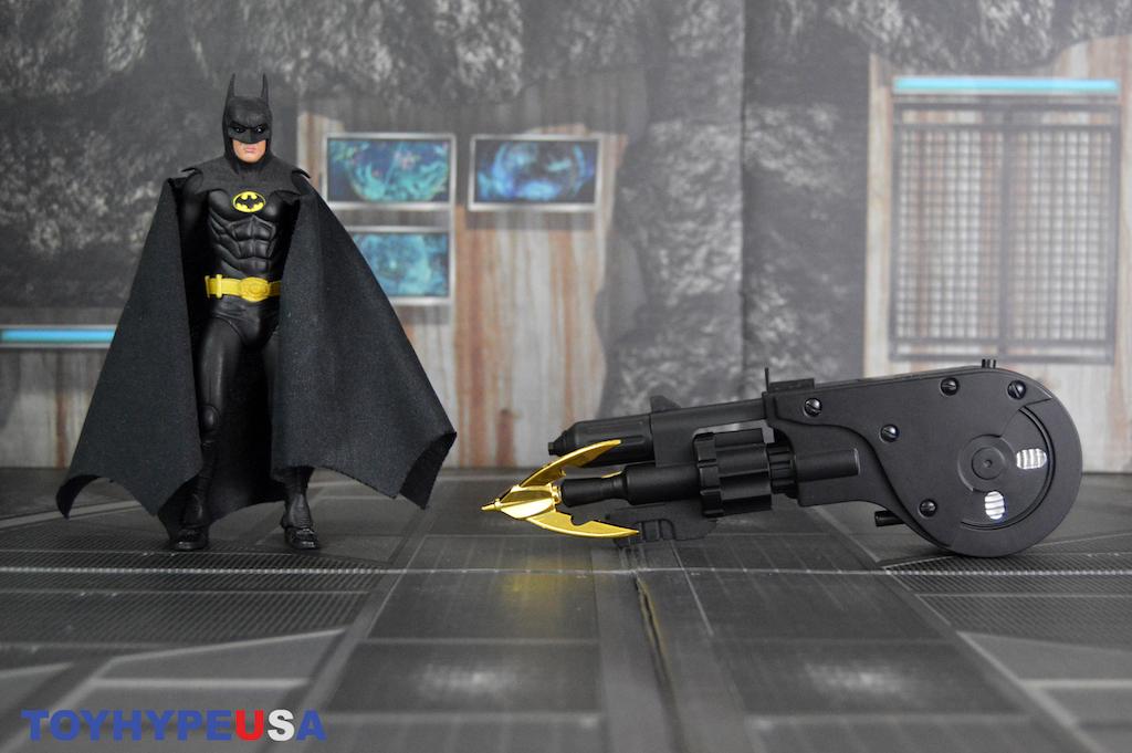 NECA Toys Batman 1989 Movie Grapnel Launcher Replica Review