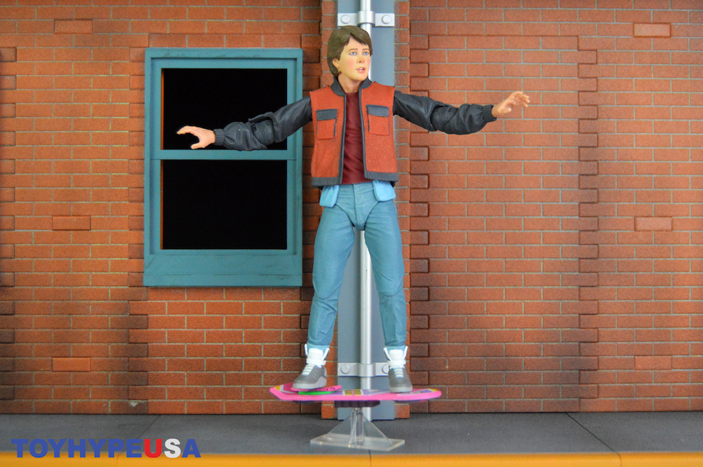NECA Toys Back To The Future Part II – Ultimate 7″ Marty McFly (2015) Figure Review